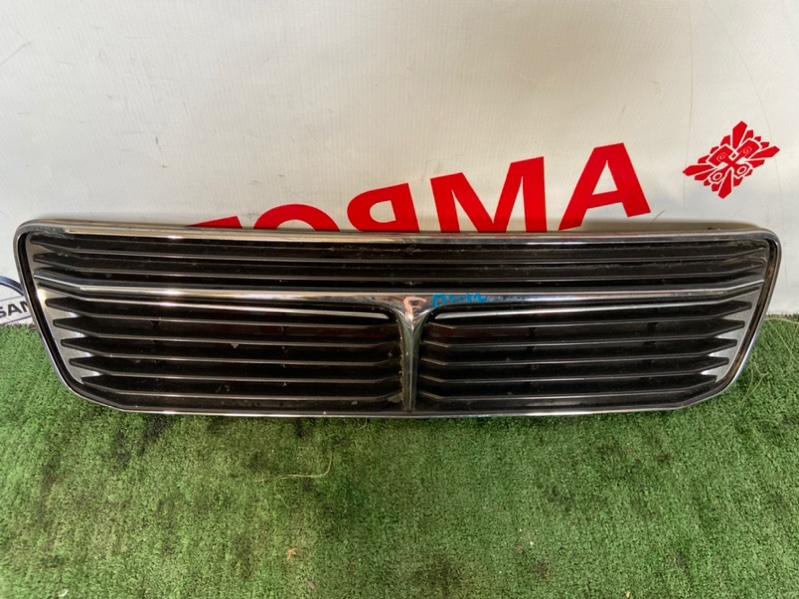 Решетка радиатора Toyota Camry CV40