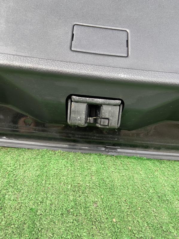 Замок 5-й двери Toyota Corolla Fielder NZE141G