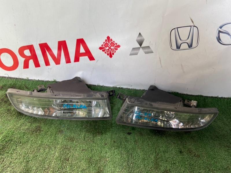 Туманка Toyota Alphard ANH10 левая