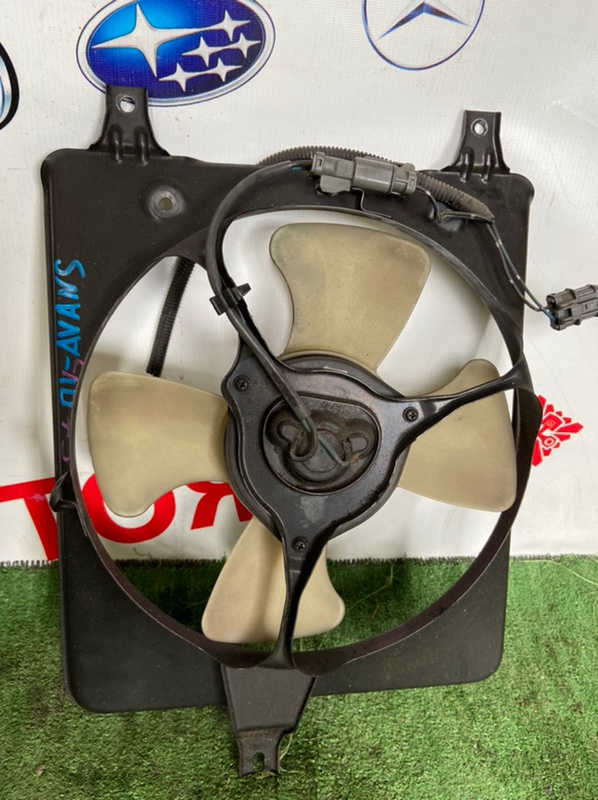 Диффузор радиатора Honda Avancier TA1