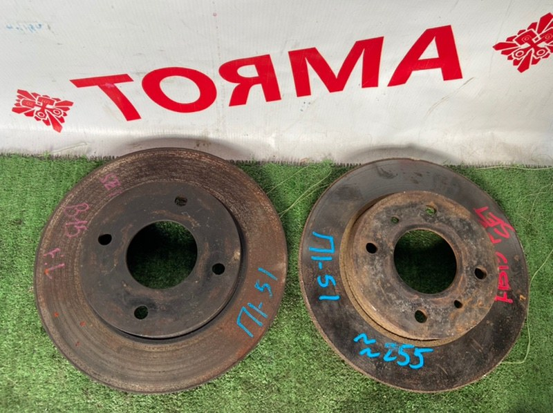 Тормозной диск Nissan Ad B15 передний