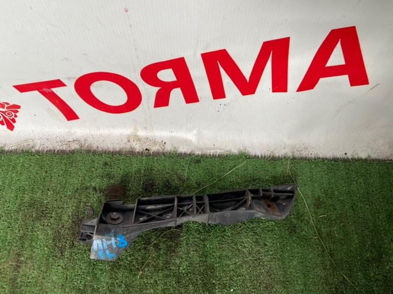 Крепление бампера Toyota Avensis ADT250 переднее левое