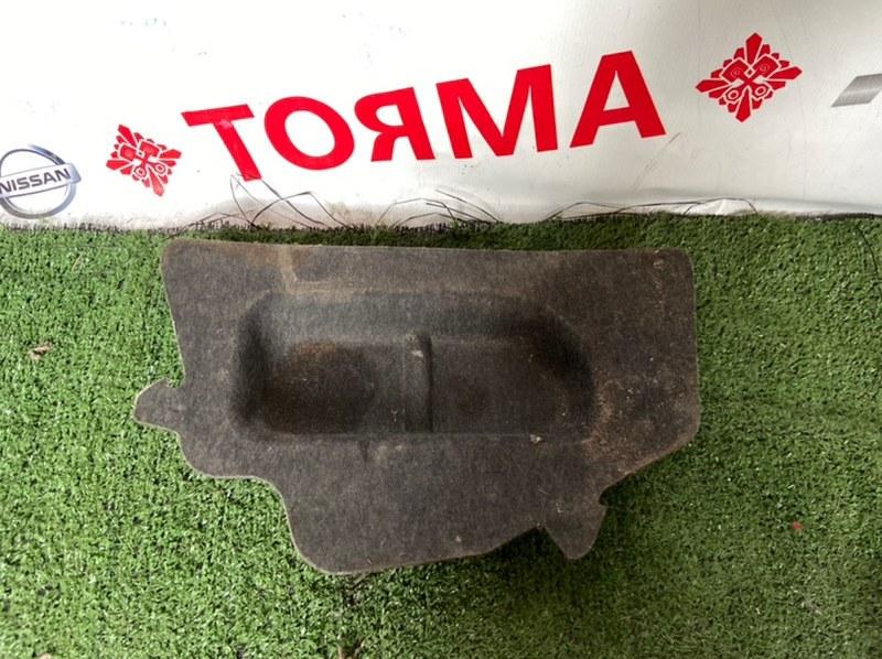Обшивка багажника Toyota Corolla AE111
