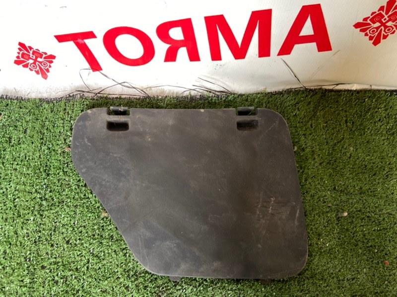 Обшивка багажника Nissan Wingroad VENY11
