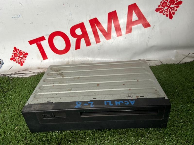 Cd-чейнджер Toyota Ipsum ACM21