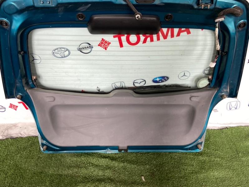 Обшивка двери багажника Mazda Familia BJ ZL