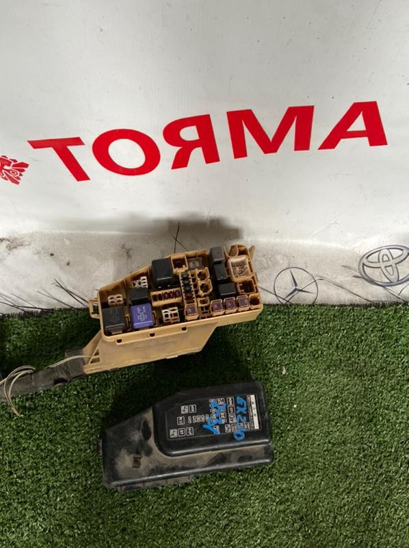 Блок предохранителей Toyota Raum EP91 5E