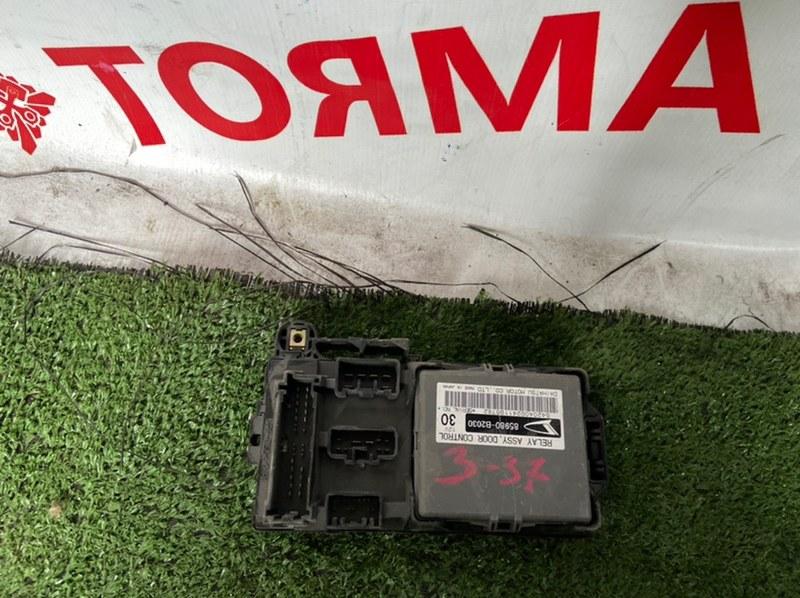 Блок предохранителей Toyota Passo KGC10 K3VE 2004