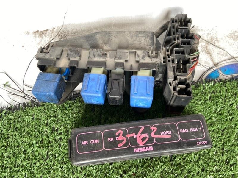 Блок предохранителей Nissan Pulsar FN15