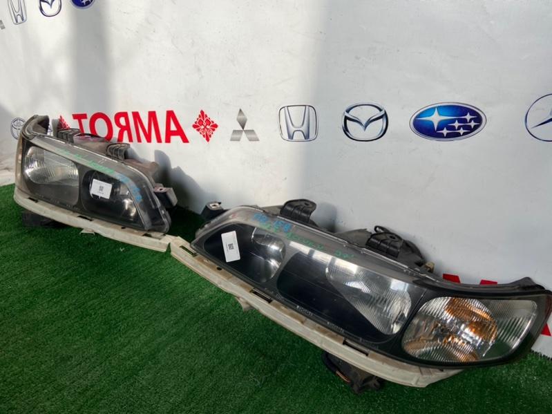 Фара Honda Accord CF3 правая