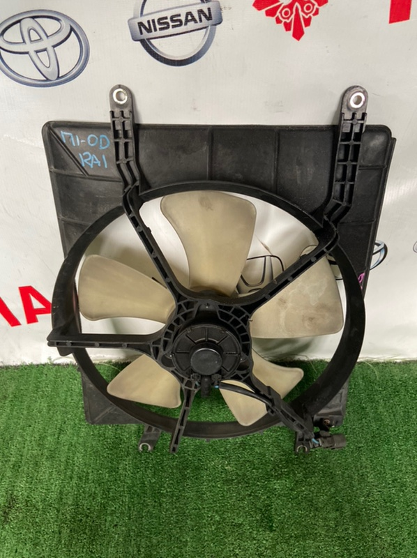 Диффузор радиатора Honda Odyssey RA1