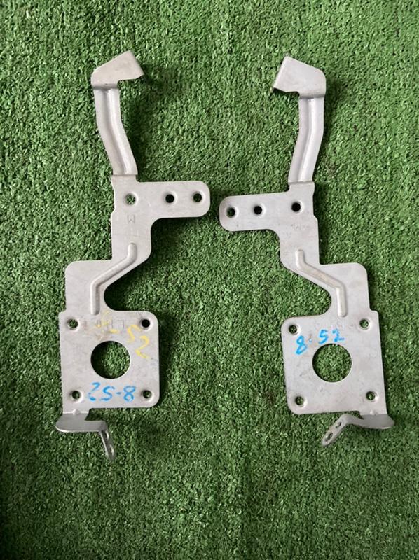 Крепление магнитолы Nissan Bluebird Sylphy QNG10 QG18 2002