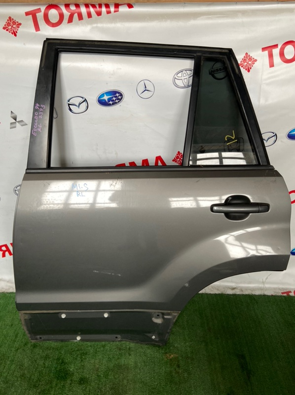 Дверь Suzuki Escudo TA74W задняя левая