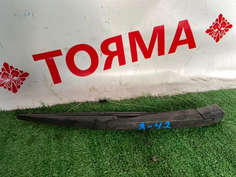 Дворник задней двери Toyota Voltz