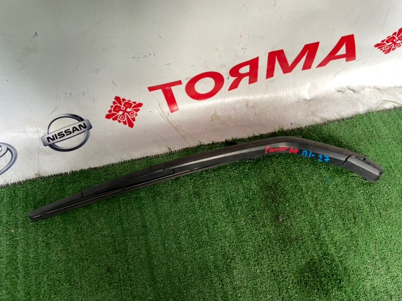 Дворник задней двери Toyota Funcargo NCP20