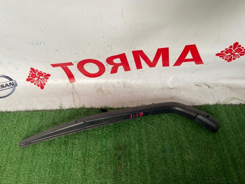 Дворник задней двери Toyota Vitz KSP90
