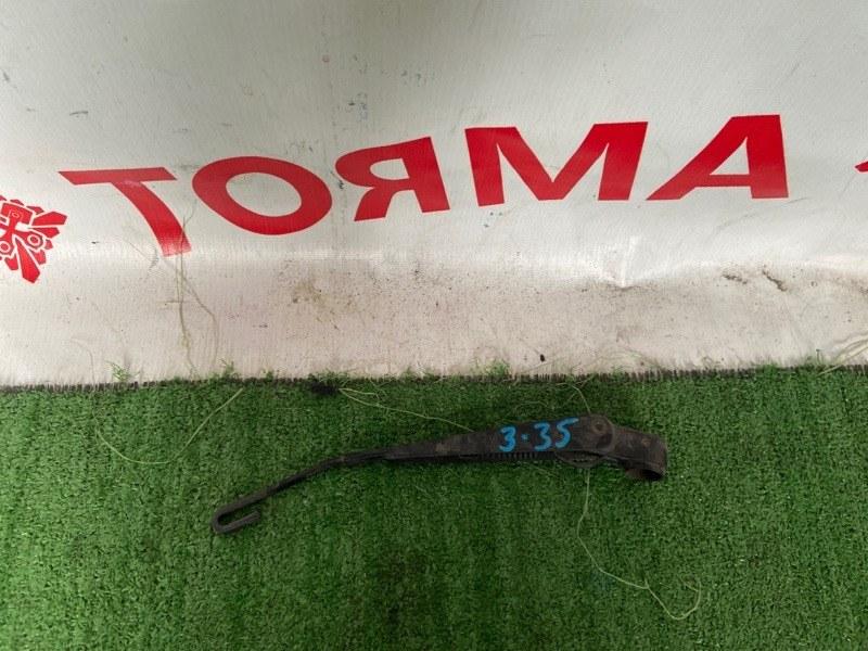 Дворник задней двери Toyota Caldina ST215 3SGTE