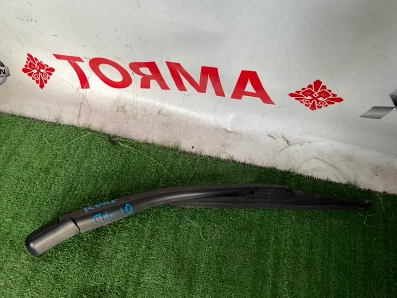 Дворник задней двери Toyota Allex NZE121