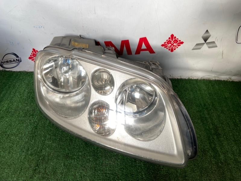 Фара Volkswagen Touran 2004