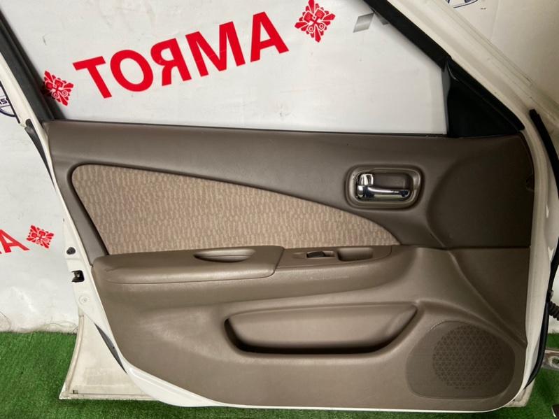 Обшивка дверей Nissan Sunny B15 передняя левая