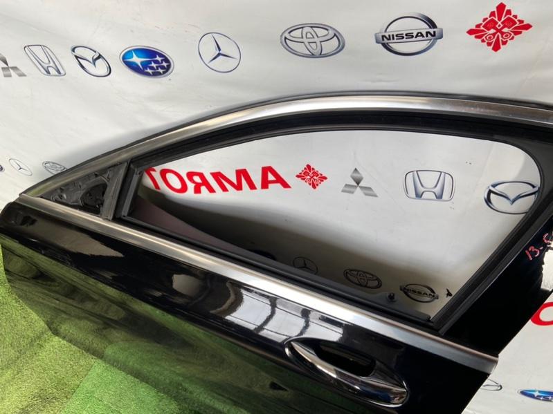 Стекло двери Mercedes C-Class W205 2019 переднее левое