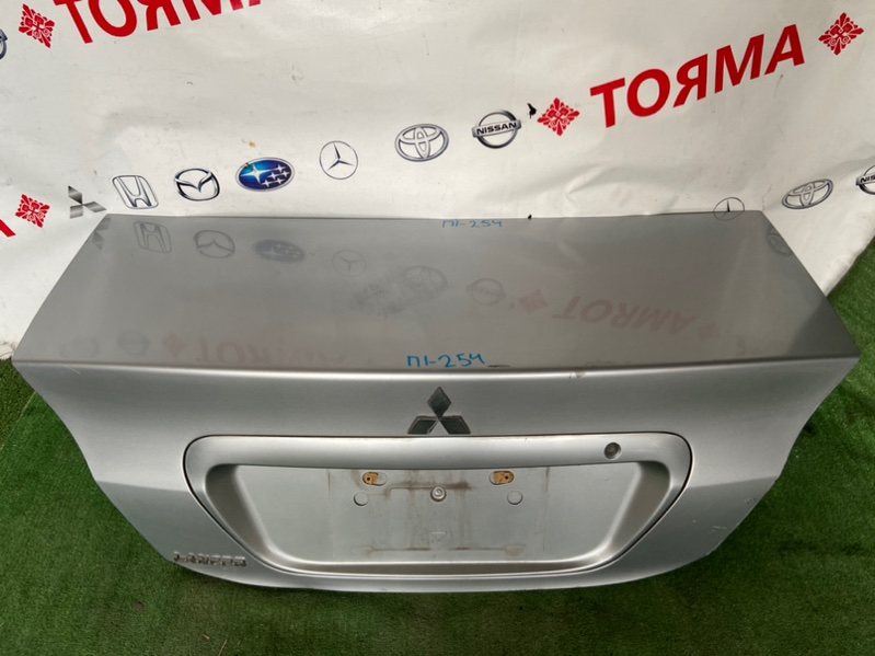 Крышка багажника Mitsubishi Lancer CS6A 2005