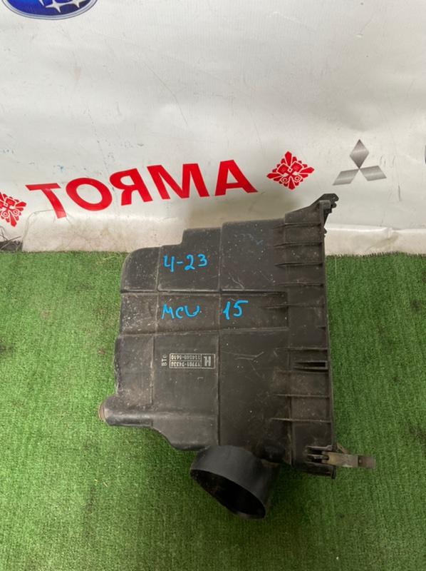 Корпус воздушного фильтра Toyota Harrier MCU10 1MZ