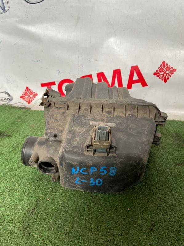 Корпус воздушного фильтра Toyota Bb NCP12 1NZ-FE