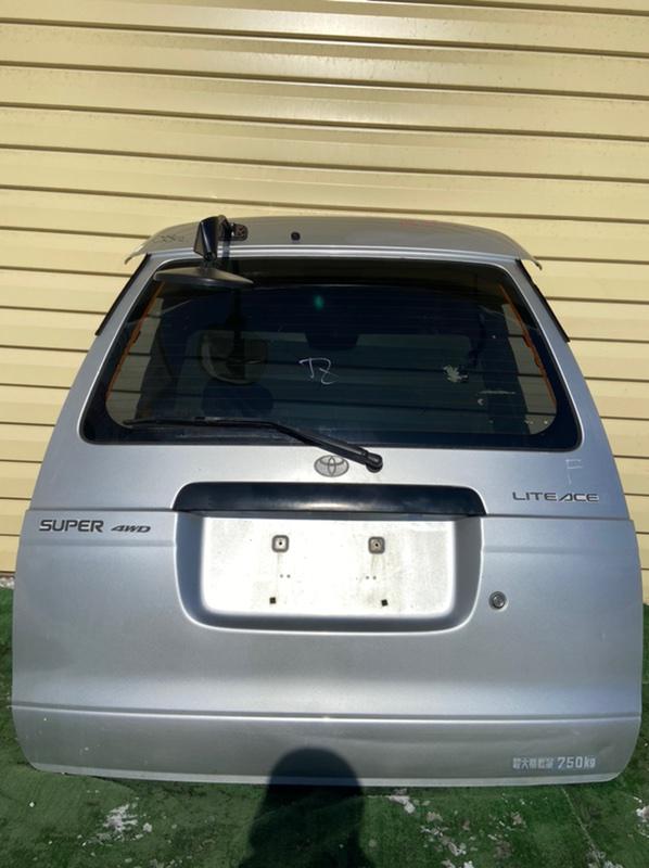 Дверь 5-я Toyota Lite Ace Noah CR40G