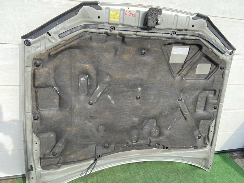 Обшивка капота Toyota Camry Gracia MCV20