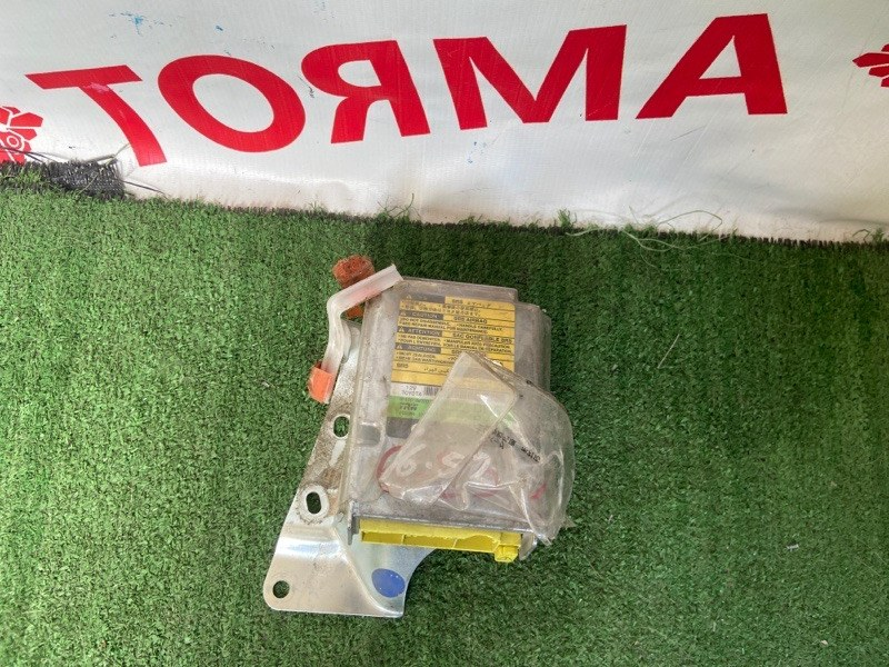 Блок управления airbag Toyota Harrier MCU10
