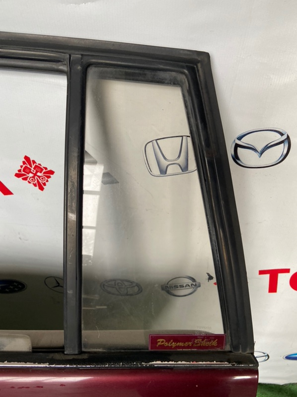 Стекло двери Toyota Caldina AT191 заднее левое