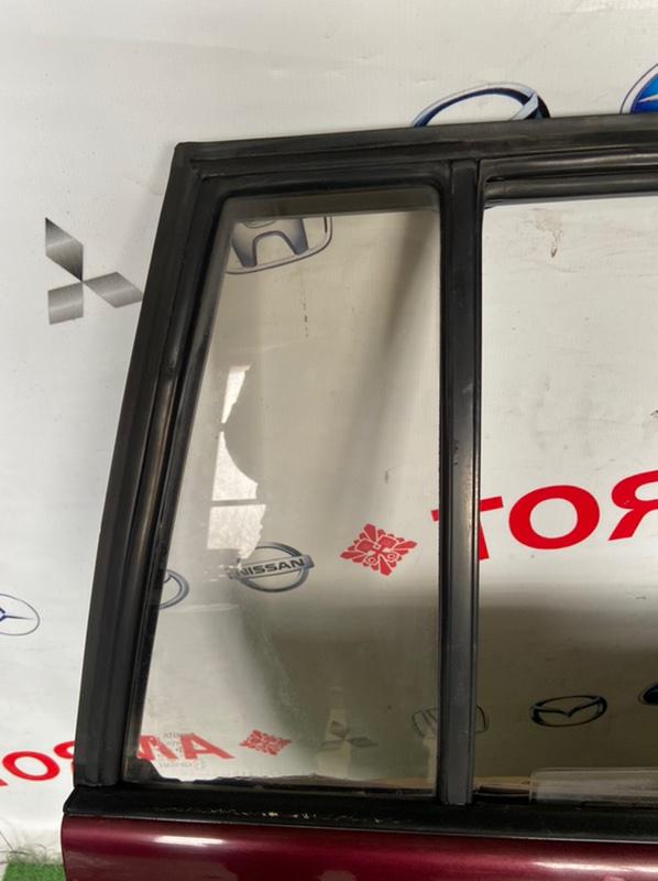 Стекло двери Toyota Caldina AT191 заднее правое