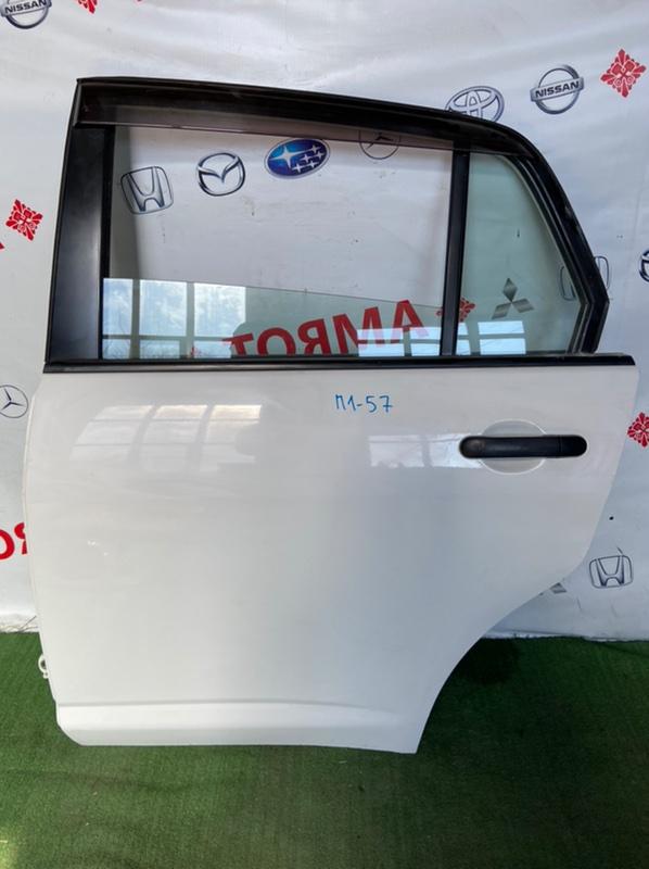 Дверь Nissan Tiida Latio SC11 задняя левая