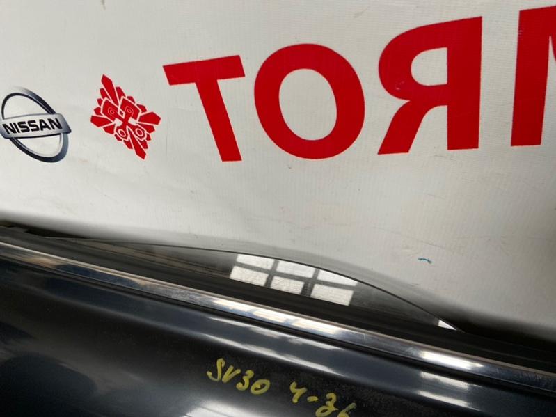 Стекло двери Toyota Vista CV30 заднее левое