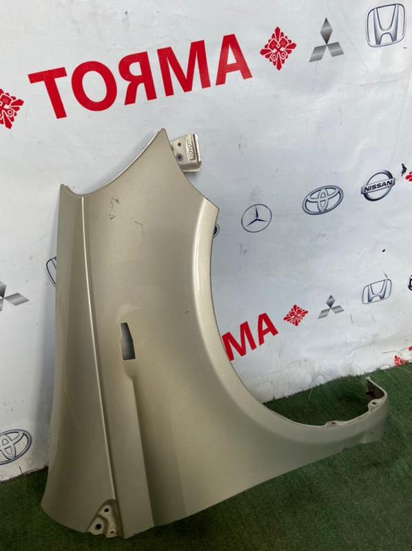 Крыло Toyota Vitz NCP10 переднее правое