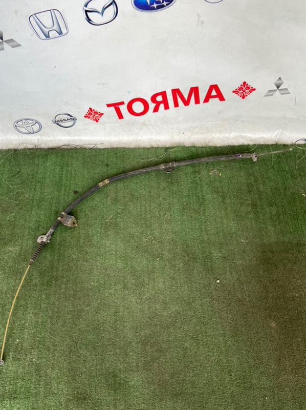 Тросик ручника Toyota Chaser GS151 правый