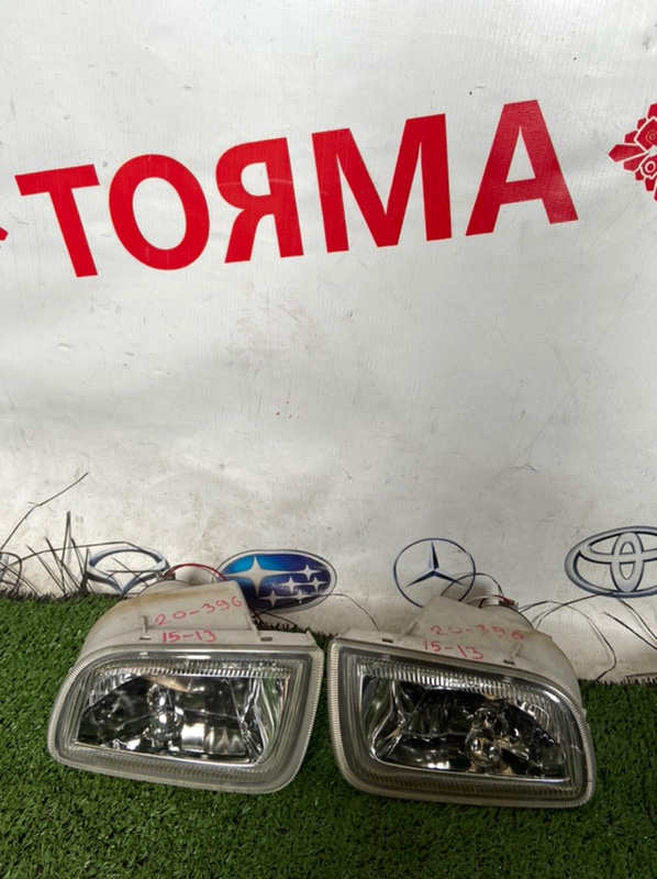 Туманка Toyota Corona Premio ATH10 левая