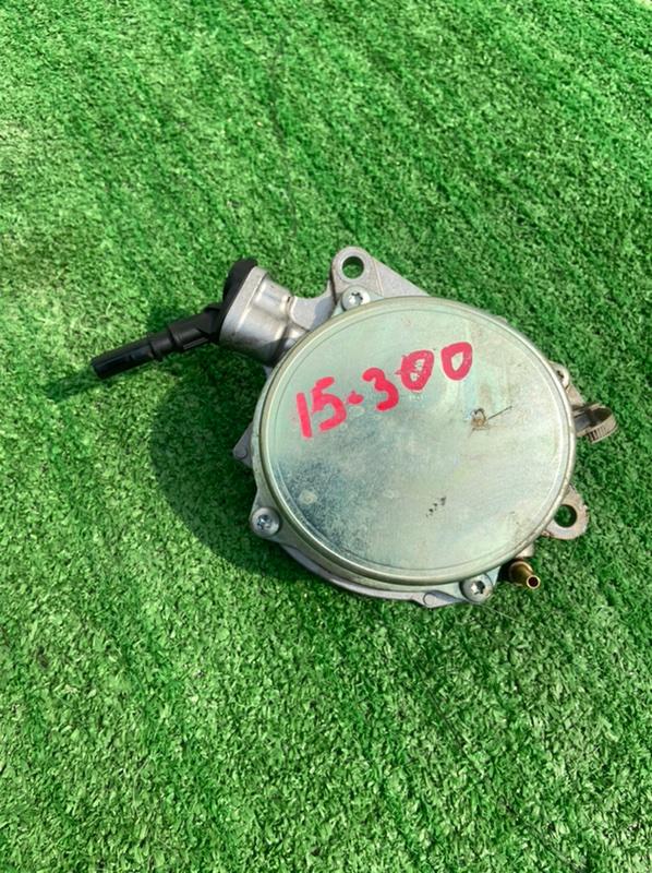 Насос вакуумный Peugeot 308 4A EP6DT