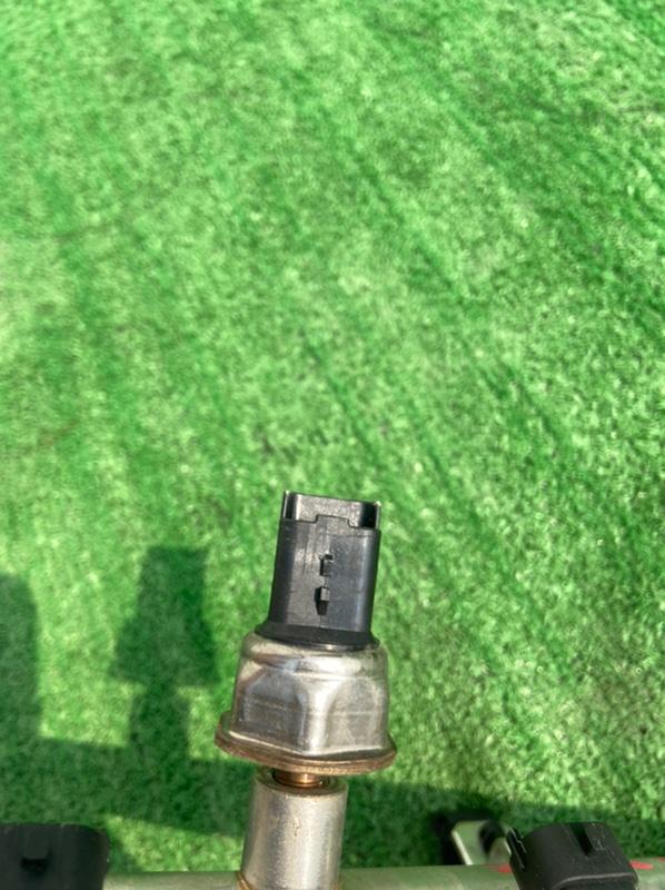 Регулятор давления топлива Peugeot 308 4A EP6DT