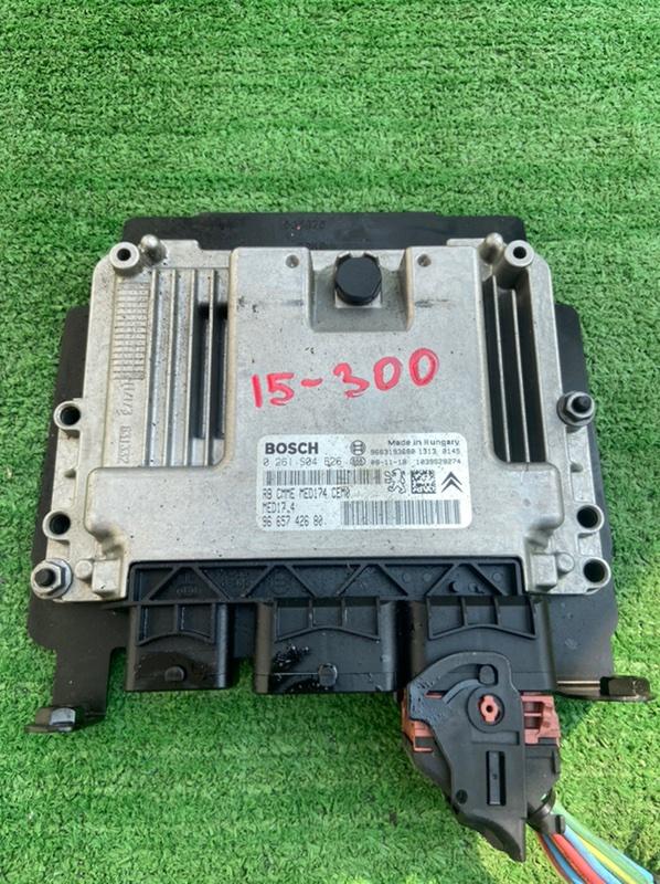 Блок управления efi Peugeot 308 4A EP6DT