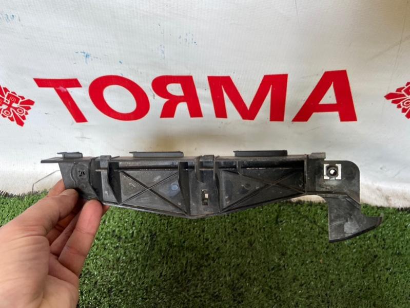 Крепление бампера Toyota Allion AZT240 переднее правое