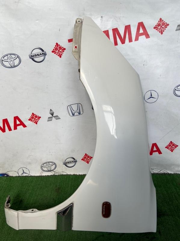 Крыло Toyota Duet M100A переднее левое