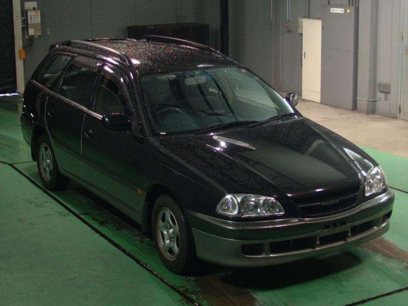 Автомобиль Toyota caldina AT211 7A в разбор