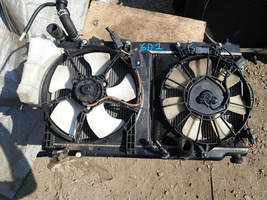 Радиатор двс Honda Fit GD1 (б/у)