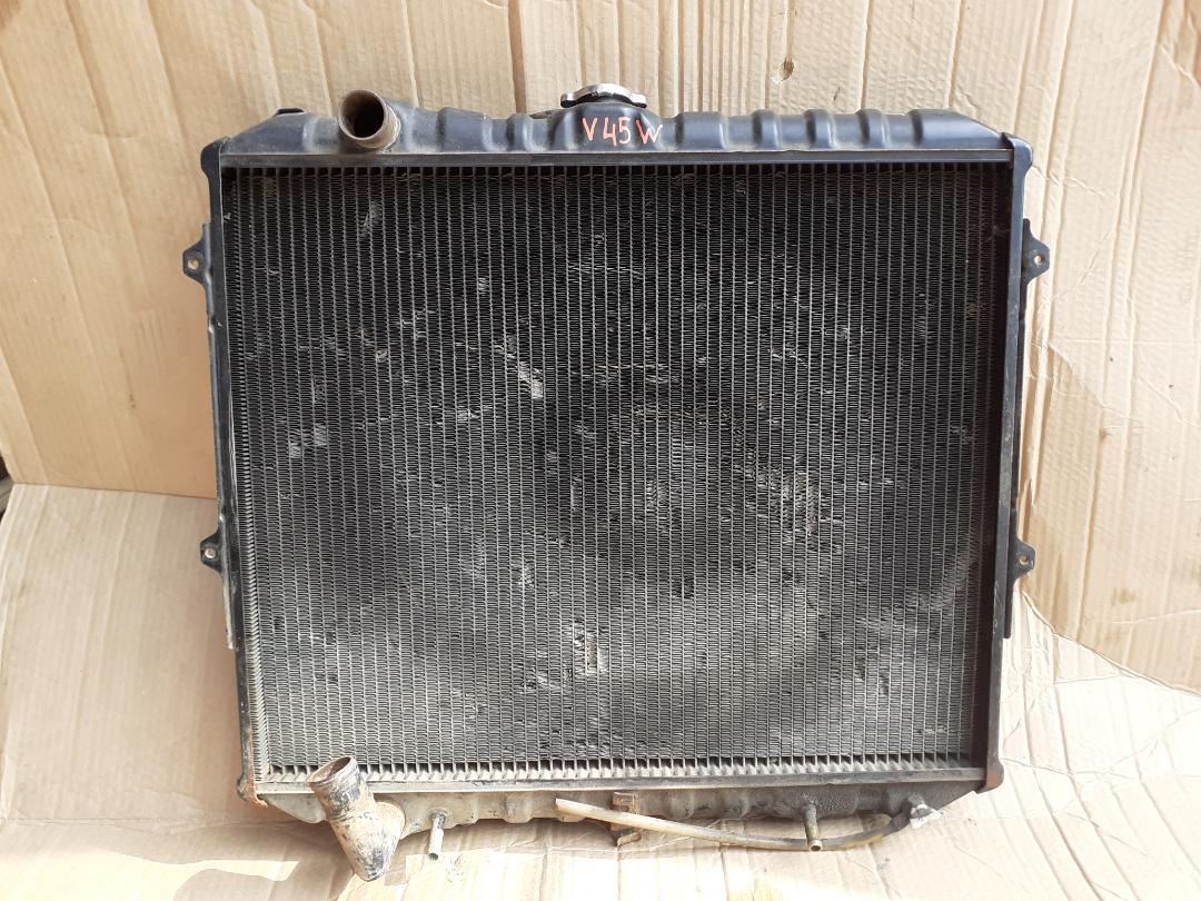 Радиатор двс Mitsubishi Pajero V45W 6G74 (б/у)