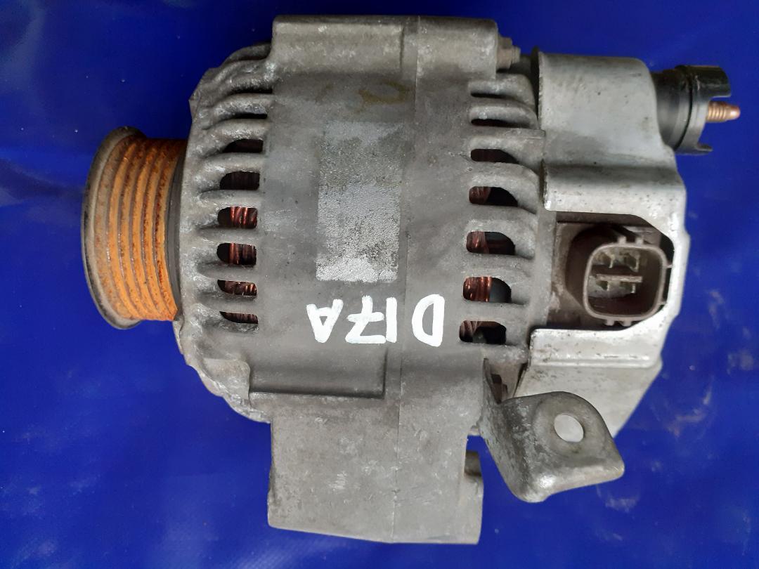 Генератор Honda D17A (б/у)