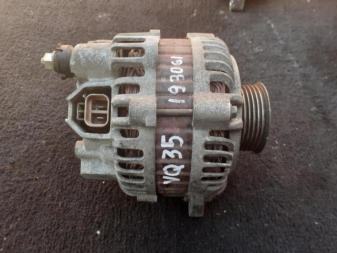 Генератор Nissan VQ35 (б/у)