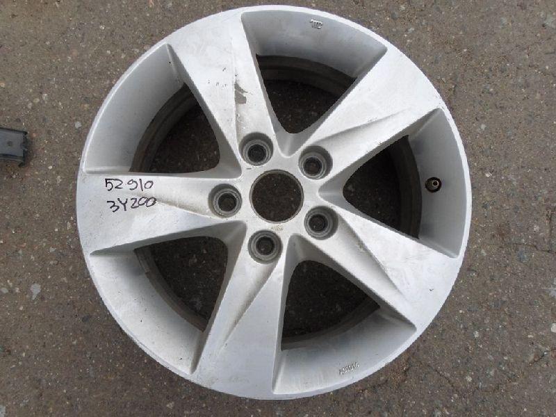 Диск колесный литой Hyundai Elantra 5 MD 1.6 2010 (б/у) 529103Y200