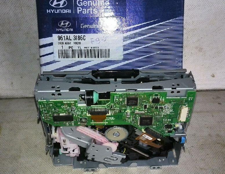 Магнитола Hyundai Ix-35 TM G4KD 2010 (б/у) 961AL3I86C